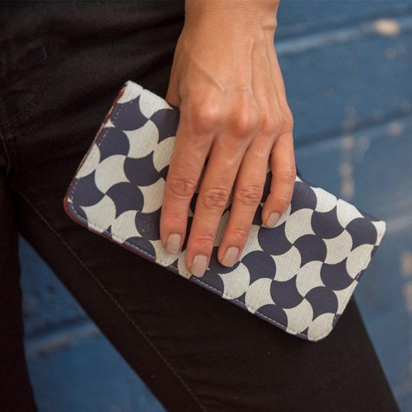 Blue and navy tile long cotto wallet